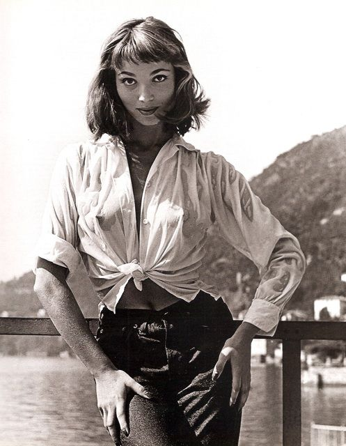 Красотка из 50-ых Эльза Мартинелли
