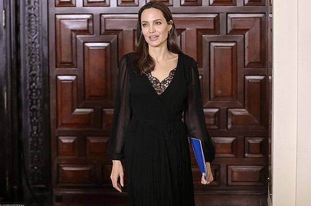 Анджелина Джоли встретилась …
