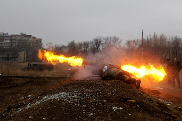 Донбасс, развитие событий: сообщение ДНР о пожаре на Авдеевском коксохиме; ВСУ атаковали своих под Донецком