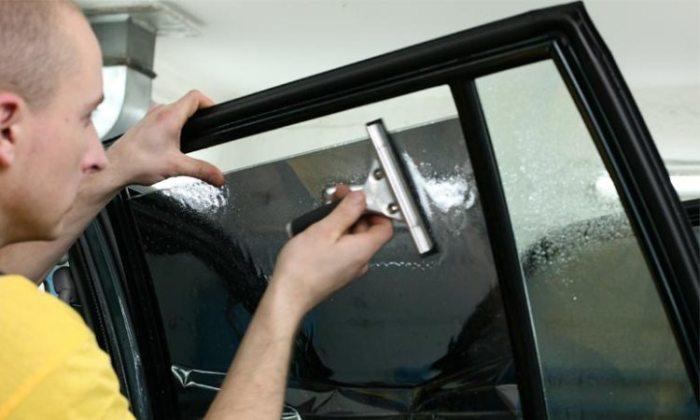 Как легко и без ошибок самостоятельно затонировать стекла на автомобиле