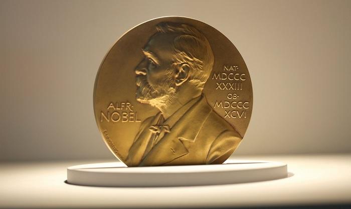 По каким причинам Нобелевские лауреаты отказывались от престижной премии