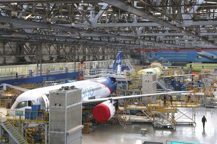 Сборка среднемагистральных пассажирских самолётов МС-21 на Иркутском авиационном заводе
