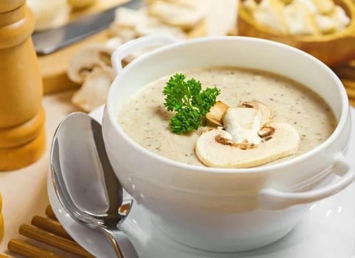 Сметанно-грибной соус.  Фото: vaneevasdorove1.ru.