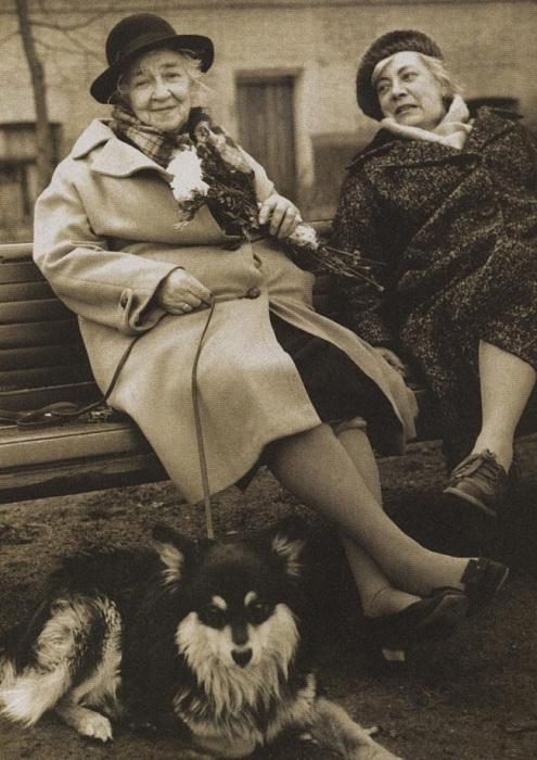 Назад в прошлое: 27 редких фотографий знаменитых людей XX века