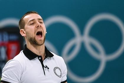 Заподозренный в допинге россиянин покинул олимпийскую деревню