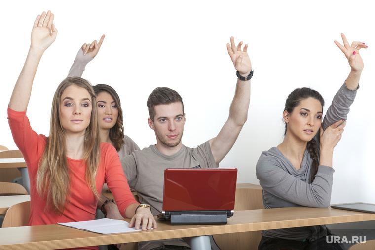 Студентов-бюджетников заставят отрабатывать потраченные на их образование деньги