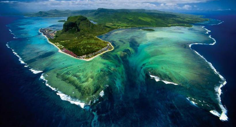 Самый большой в мире водопад находится под водой