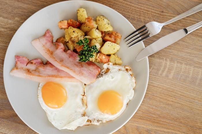 Популярные ошибочно полезные завтраки
