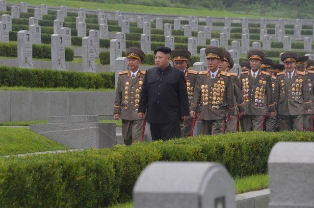 Лидер КНДР появился на публике после двух недель перерыва