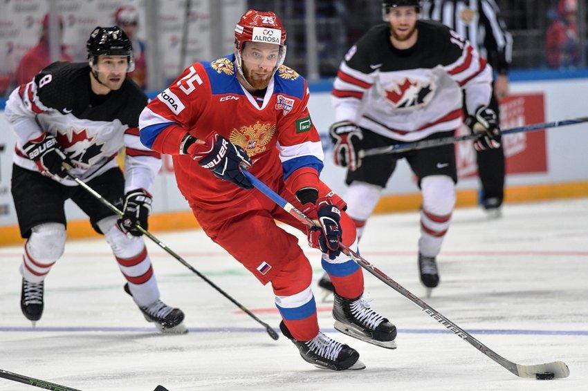 Первый канал в прямом телеэфире покажет матч Россия - Канада
