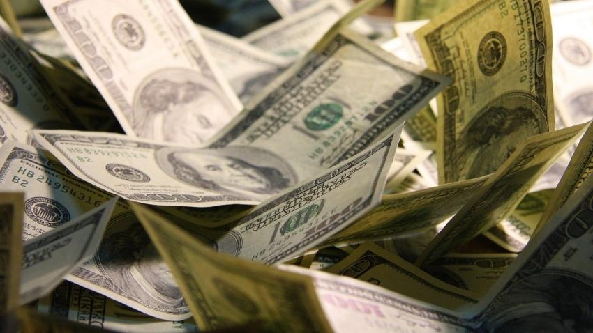 Гиммлер: Доллары и евро для всех! Спойлер: это фальшивки