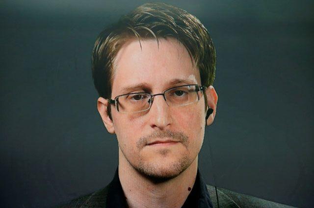 Сноуден: США построили тоннели в Афганистане, разрушенные «матерью бомб»