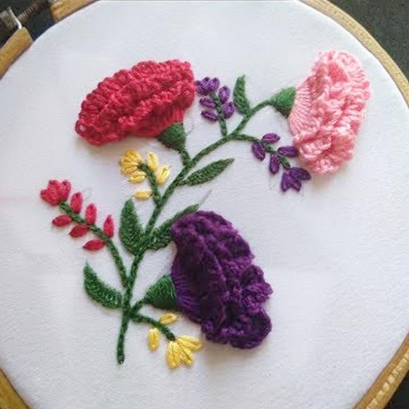 Как вышить объемные цветы своими руками. Видео мастер-класс