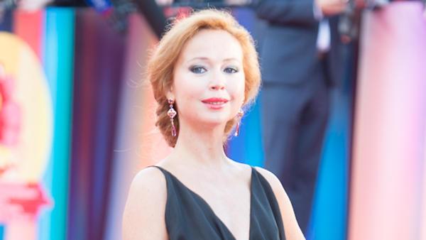 Елена Захарова получила пред…
