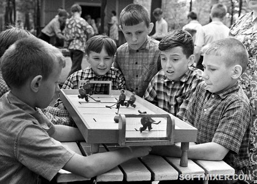 """Жизнь без """"айфона"""": советские детские игрушки"""