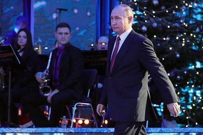 Путин встретит Новый год дома с семьей