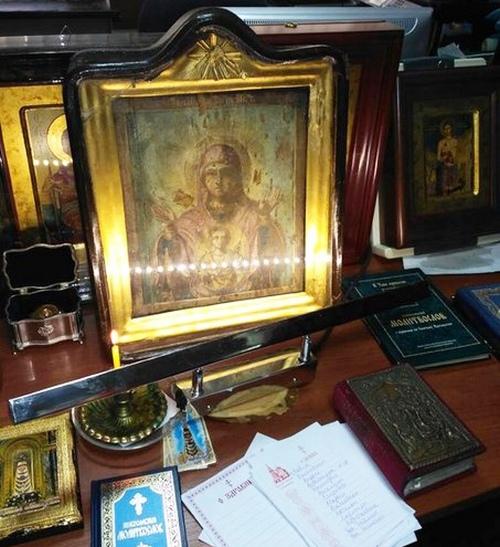 Стая дельфинов вернула людям икону Божьей Матери «Знамение»
