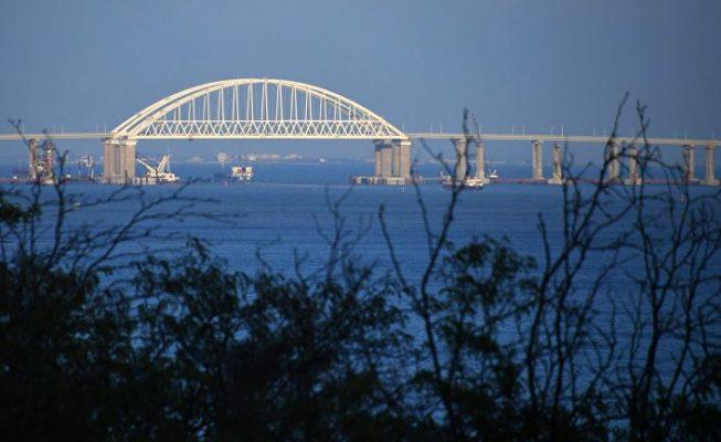 Скоро рухнет: украинские СМИ пророчат Крымскому мосту незавидную участь