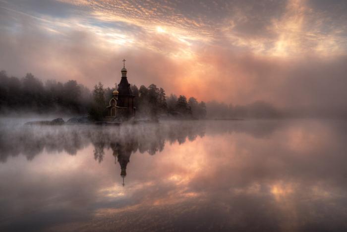 Храм на воде.