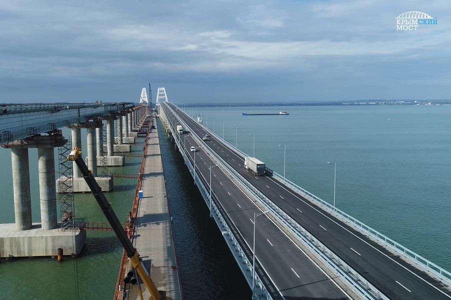 Чем им Крымский мост-то не угодил?