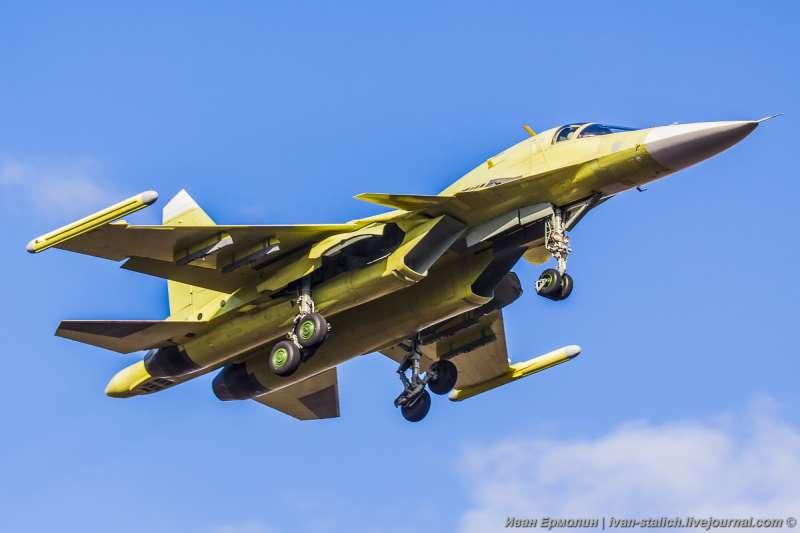 Новые Су-34 впервые поднялись в небо