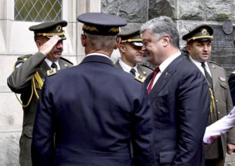 Порошенко пригласил американцев повоевать в Украине