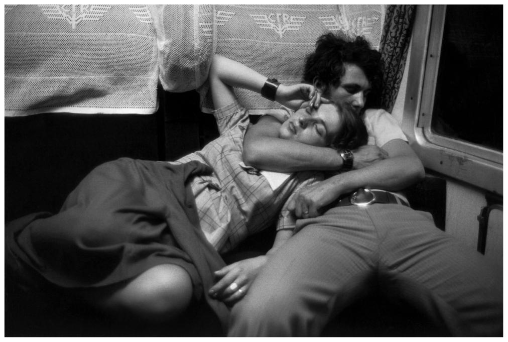 Шедевры от мастеров уличной фотографии: реальная жизнь в каждом снимке 1 21