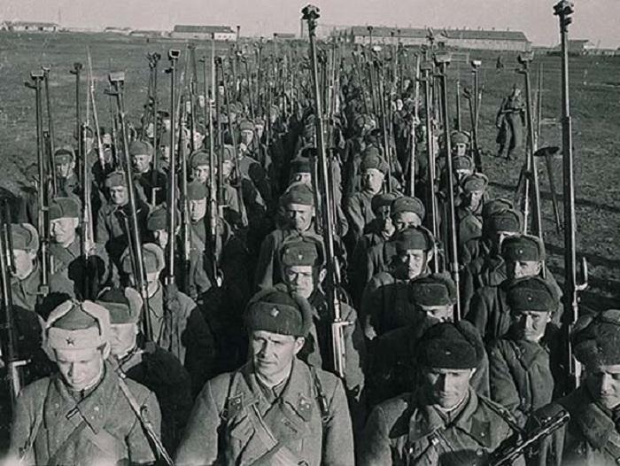 Подразделение солдат, вооруженных бронебойным оружием.