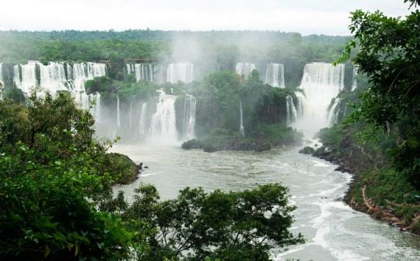 Невероятно красивые водопады…