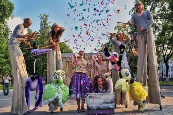 Екатеринбургу на юбилей подарят кукол со всего света