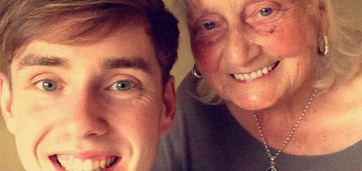 Бабушка написала всего один поисковой запрос в интернете. Но на него отреагировал даже сам Google!