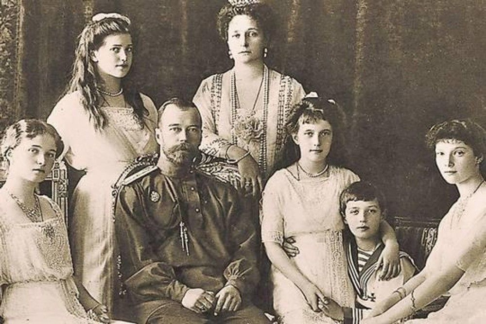 Драгоценности Империи: ювелирные украшения Романовых