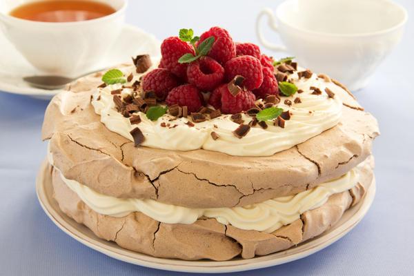 Легчайший торт «Павлова» - самый известный «балетный» десерт