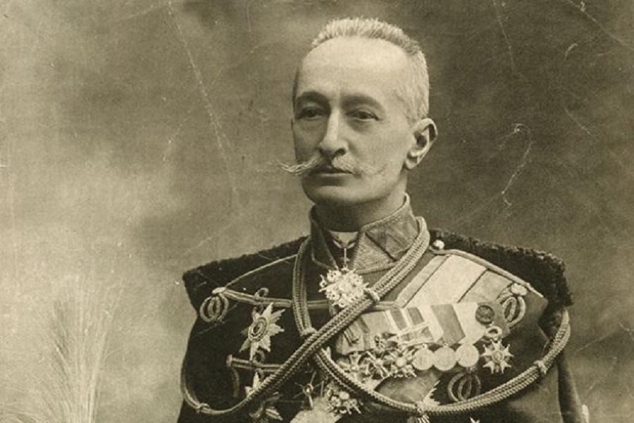 Не принято говорить, что Брусилов стал красным генералом