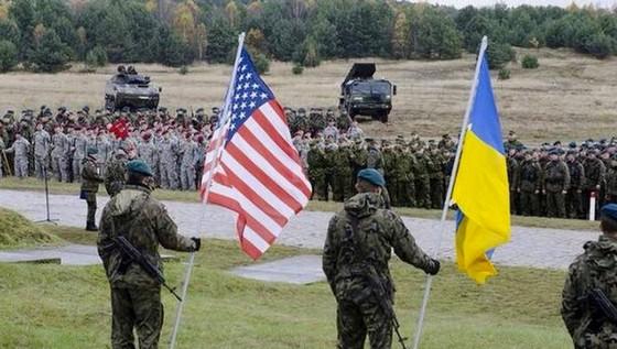 Руслан Осташко: В НАТО никто умирать за Украину не собирается