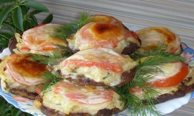 Оригинальная печень с овощами. Такой вариант, точно Вас удивит.Можно на праздничный стол!
