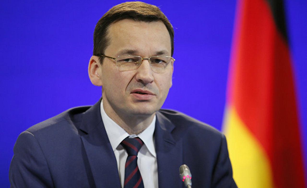 «Нехватка здравомыслия»: премьер Польши призвал увеличить танковые войска для защиты Европы от России и ИГ