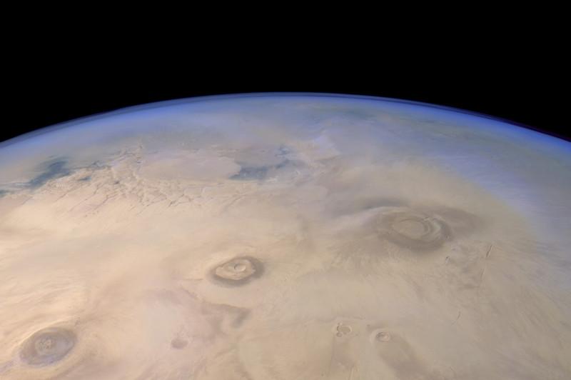 Взгляд на Марс от Mars Express(4 фото)