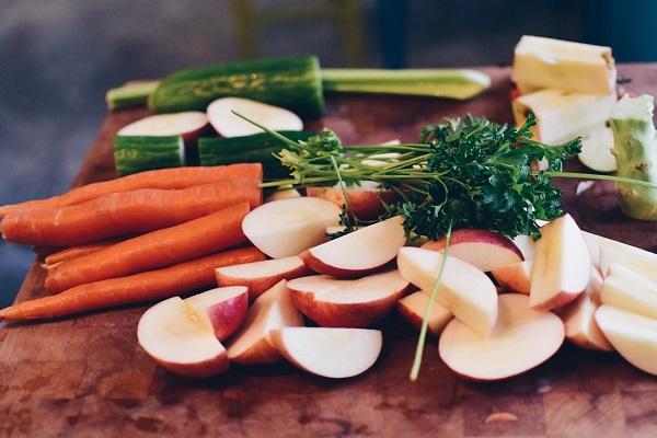 Какие изменения произойдут в организме, если есть только сырую еду