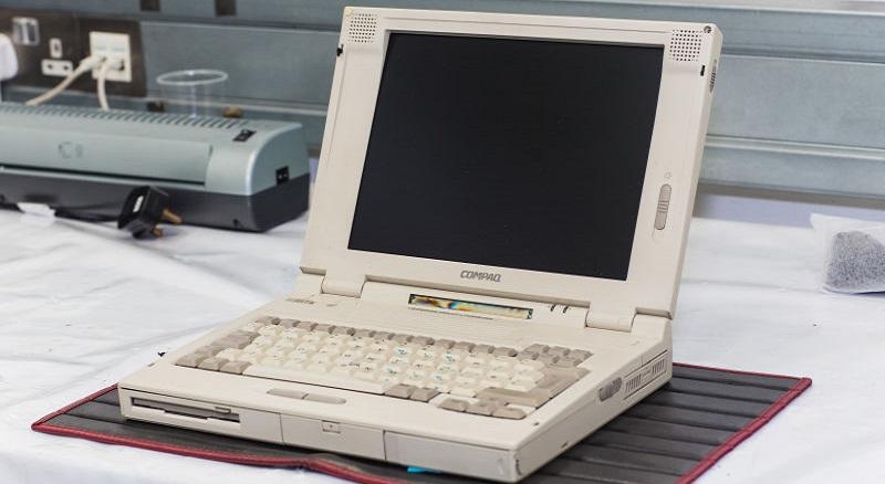 Этот старый ноутбук до сих пор используется для диагностики самых дорогих суперкаров