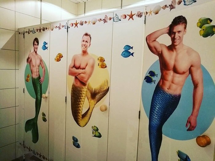 Женский туалет в океанариуме Сочи WTF?, Города России, прикол, россия, сочи, странности, юмор