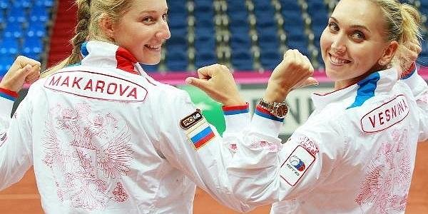 Веснина иМакарова выиграли Уимблдон впарном разряде