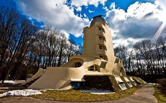 Башня Хоббита или Башня Эйнштейна