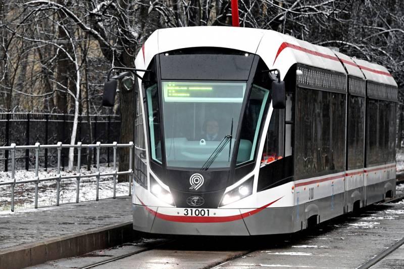 На российские дороги выходит беспилотный трамвай