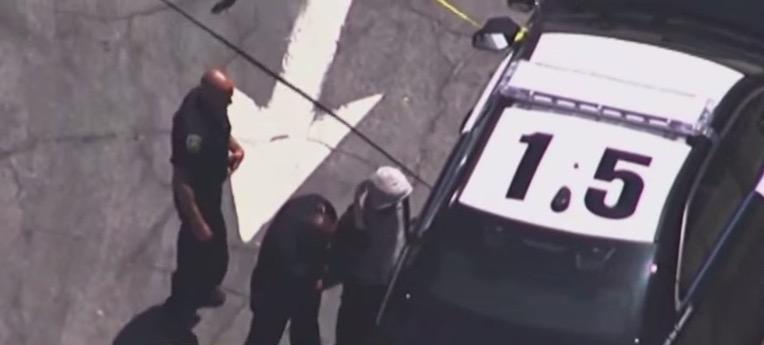 В автобус сел парень с 3-летним ребенком... Как водитель узнал, что это был похититель?