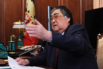 Аман Тулеев запретил коллекторов