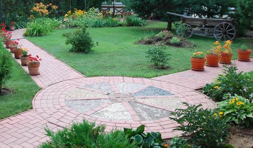 Особенности укладки тротуарной плитки на бетонное основание: пошаговое руководство