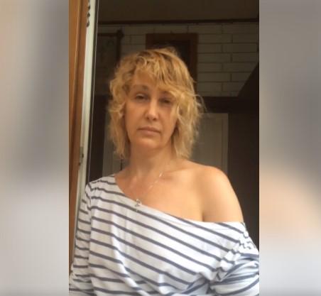 """""""Свидомый"""" пришёл повидаться с детьми, но русская женщина не пустила его, пока не начнет говорить по-русски (видео)"""