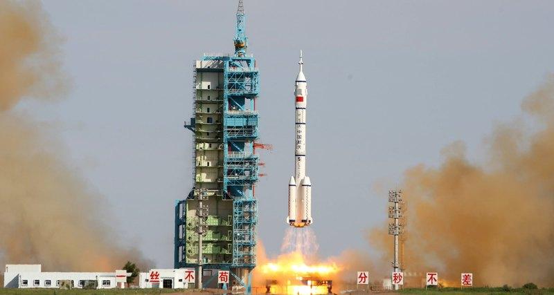 Китайская ракета нового поколения вывела на орбиту три спутника