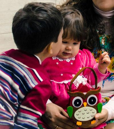 Как научиться делить маму, игрушки и комнату с младшей сестрой